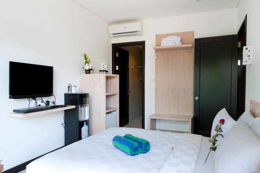 Superior Room - Bedroom (Queen Size Double Bed)