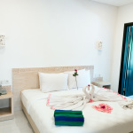 Deluxe Room Type B - Bedroom (King Size Double/Twin Bed)